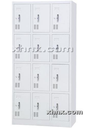 文件柜网提供生产十二门更衣柜厂家